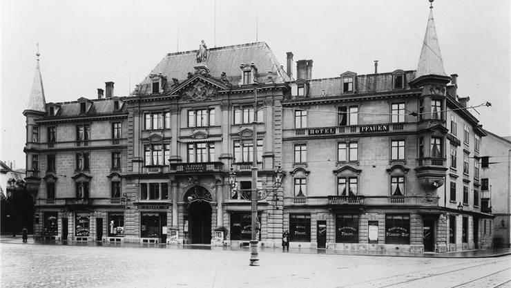 1889 wurde das Volkstheater zum Pfauen erstellt.