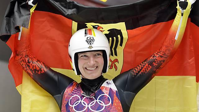 Tatjana Hüfner übt nach ihrem Silbermedaillen-Gewinn Kritik.