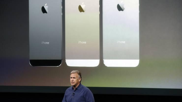 Die neuen iPhones 5S wird es in drei Farben geben, neu auch in Gold