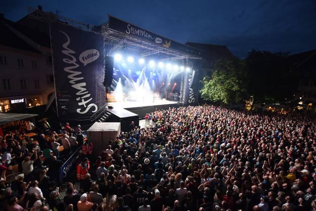 90 Minuten schweisstreibender Rock'n'Roll: ZZ Top markieren einen Höhepunkt am diesjährigen Stimmen-Festival.  Juri Junkov