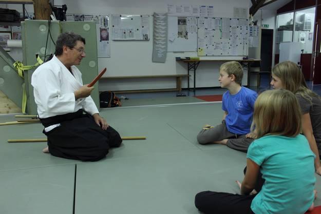 John Luder gibt eine Einführung ins Aikido