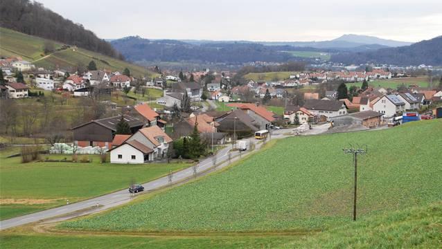 Die heutigen Leitungskataster Kanalisation und Wasser sind in Oberflachs provisorisch von 1999 bis 2002 erstellt worden.