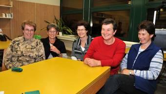 Landfrauen durch und durch: Helena Rüttimann, Alice Stocker, Mary Bühlmann, Helen Müller und Margrit Rüttimann (von links). Sas