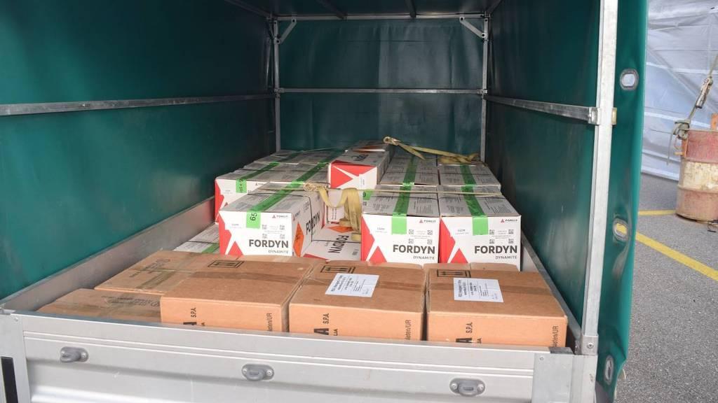 Mehrere hundert Kilogramm Sprengstoff im Auto transportiert