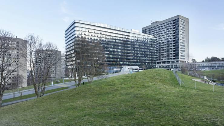 Die Stadtspitäler Triemli (im Bild) und Waid haben mehrere Millionen Franken Verlust eingefahren im vergangenen Jahr.