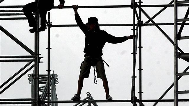 Die Schwarzarbeitskontrolle ZAK hat auch gegen das Gesetz über öffentliche Beschaffungen verstossen. (Symbolbild)