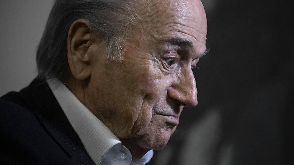 Sepp Blatter, der ehemalige Präsident des Weltfussballverbands Fifa, musste am Dienstag bei der Bundesanwaltschaft antraben. (Archivbild)