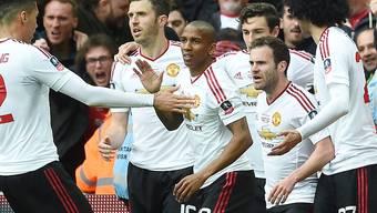 Die Spieler von Manchester United haben doch noch etwas zu Feiern