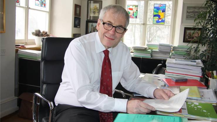 Stadtpräsident Kurt Fluri an seinem Pult. (Archiv)
