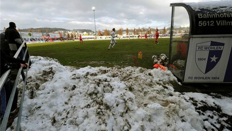 Bereits beim Achtelfinal im Schweizer Cup gegen Thun war der Schnee auf dem Sportplatz Niedermatten ein grosses Thema.