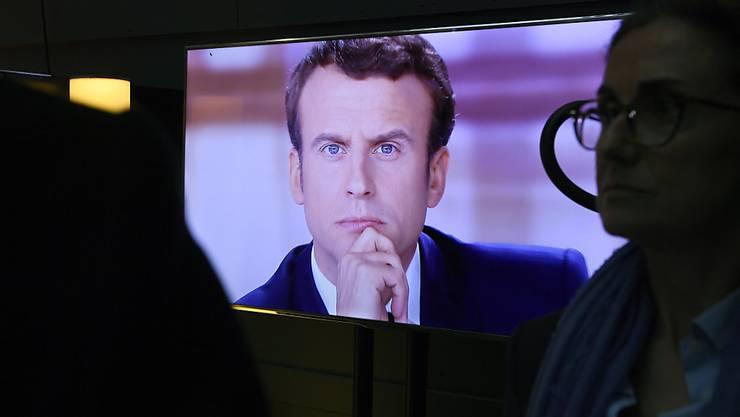 Nächster französischer Präsident? Kandidat Emmanuel Macron bei der letzten TV-Debatte gegen seine Konkurrentin Marine Le Pen.