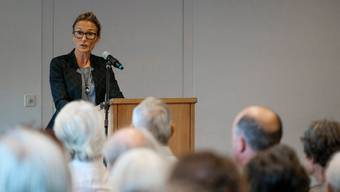 Regierungsrätin Susanne Hochuli (Grüne) in Baden: «Die Asylsuchenden werden so lange wie nötig, aber so kurz wie möglich hier untergebracht.»