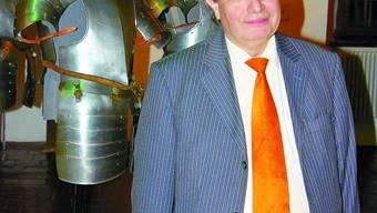 In der Harnischsammlung: Marco Leutenegger hat wesentlich zu Bekanntheit und Ruf des Museums Altes Zeughaus beigetragen.