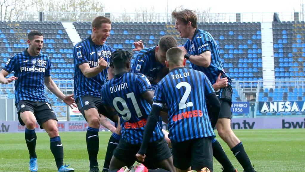 Atalanta Bergamo jubelt und verabschiedet damit Titelverteidiger Juventus Turin aus dem Meisterschaftsrennen.