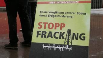 Werbeplakat gegen Fracking im Kanton Bern (Symbolbild)