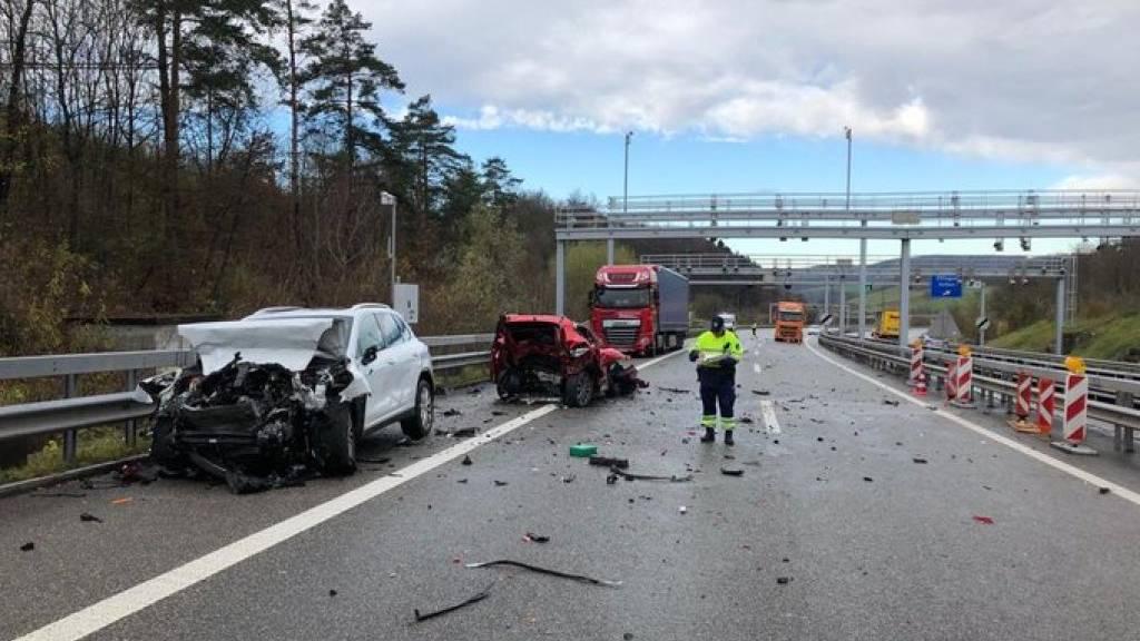 Drei Tote bei Auffahrunfall auf der A3 bei Effingen AG