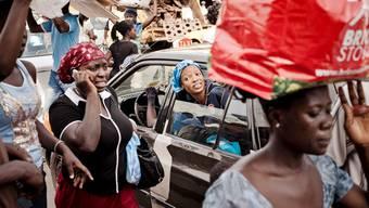 Strassenszene in der ghanaischen Hauptstadt Accra
