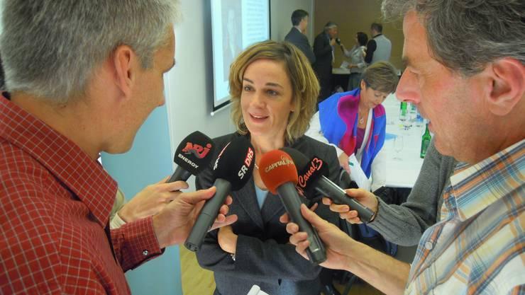 Ursula Wyss informiert Medienvertreter über ihre Kandidatur.