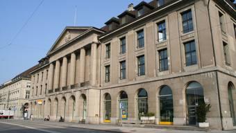 «Längerfristige Option»: Der zweite Verwaltungsstandort der Stadt Aarau in den oberen Etagen der Hauptpost. (Marcel Siegrist)