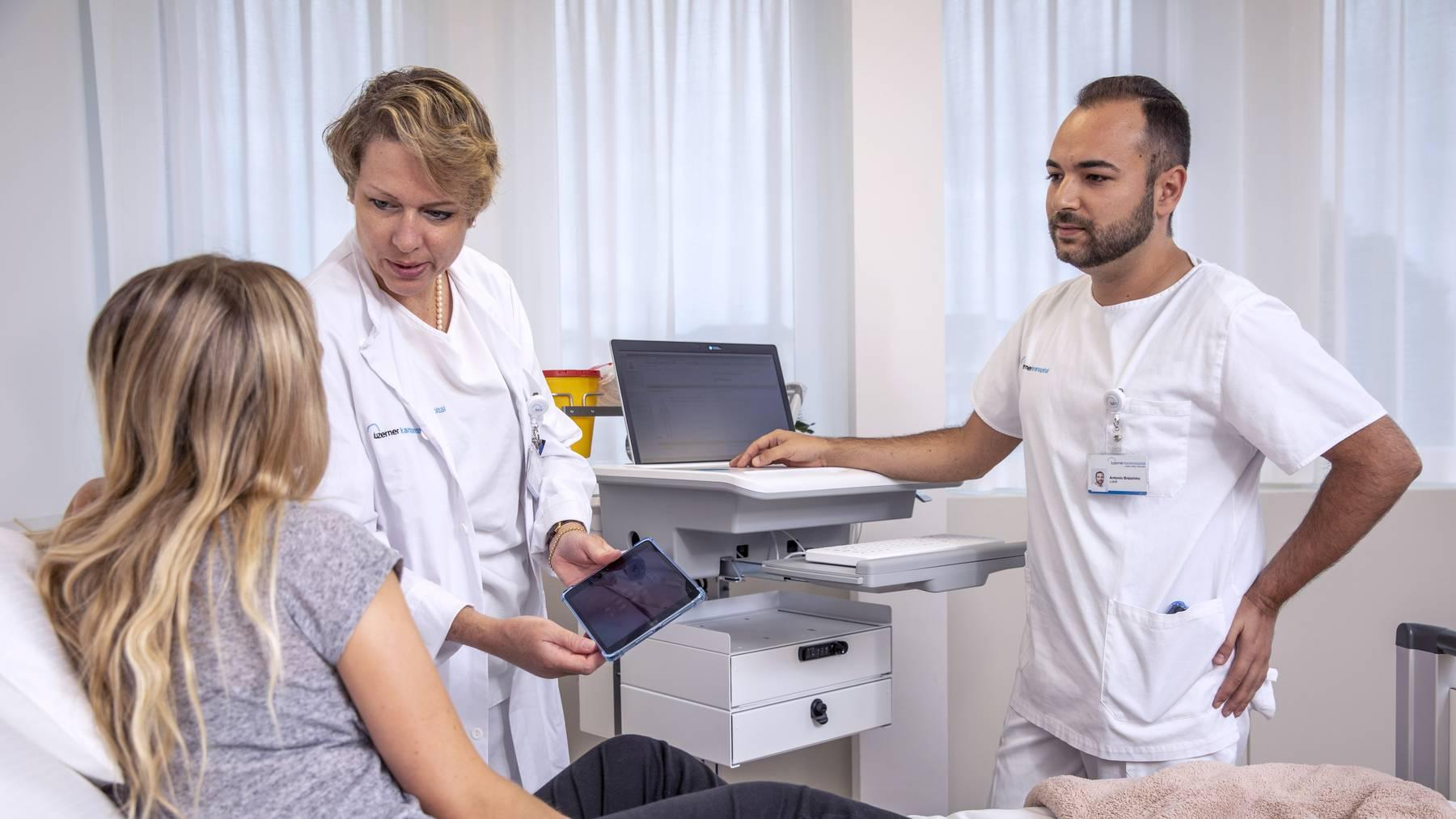 Luzerner Kantonsspital ersetzt digitale Insellösungen durch Klinikinformationssystem LUKiS.