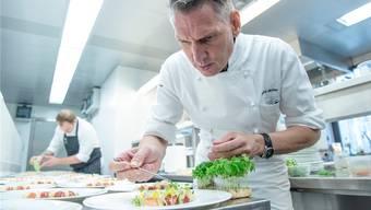 «Dolder»-Chefkoch Heiko Nieder ist mit seinen neu 19 Gault-Millau-Punkten bislang landesweit der siebte Koch, der die Höchstnote erhält. Keystone