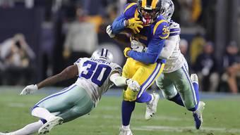 Bei den Los Angeles Rams ragte Runningback C.J. Anderson (im gelb-blauen Dress) mit zwei Touchdowns heraus