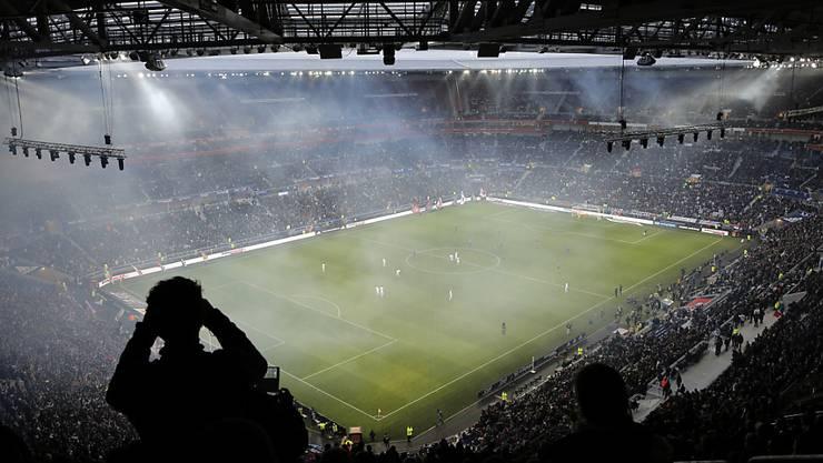 Die Lizenzeinnahmen aus Sportgrossanlässen wie die Fussball-EM 2016 fliessen neu ebenfalls in die Seco-Prognose mit ein.
