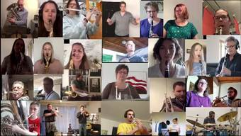 Die Musikgesellschaft Schinznach kann sich derzeit wegen des Corona-Lockdowns nicht zum Musikmachen treffen. Die Mitglieder nutzen daher die Möglichkeiten des Internets und proben nun gemeinsam online via Videokonferenz. Das ist mit 25 Musizierenden aber gar nicht so einfach.