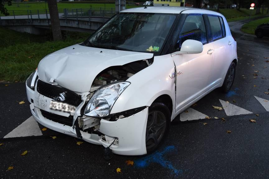 Ein Autolenker wurde bei der Kollision verletzt.