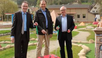 Haben die neue Anlage schon ausprobiert: Andreas Edelmann (Thermalquelle AG), Christian Villiger (Go Easy Freizeit&Event AG), Peter Schläpfer (Bad Zurzach Tourismus AG).