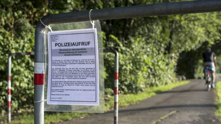 Polizeiaufruf beim Dammweg in Emmen, wo die Frau vergewaltigt wurde. (Archiv)