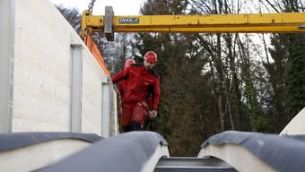 Verlegung Holzbrücke Derendingen
