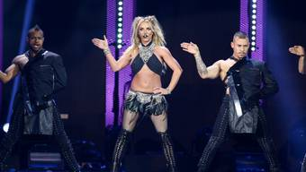 Dass Britney Spears ein Showgirl ist, wissen wir inzwischen. Nun versucht sich die 35-Jährige neuerdings als Kunstmalerin. (Archivbild)