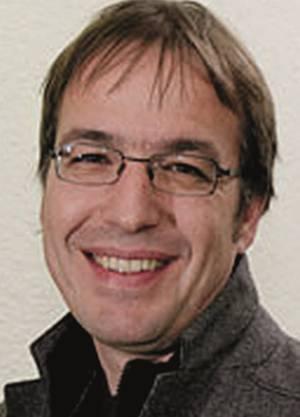 Arno Kerst ist Präsident der Gewerkschaft Syna und Mitinitiant der am Dienstag lancierten Initriative für einen vierwöchigen Vaterschaftsurlaub.