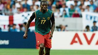 Der kamerunische Nationalspieler Marc-Vivien Foé starb im Jahr 2003 während eines Fussballspiels. Todesursache war ein verdickter Herzmuskel, der eine Spätfolge einer Herzmuskelentzündung sein könnte.