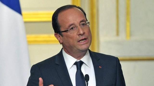 Frankreichs Präsident will den Spitzen-Gehältern an den Kragen
