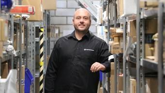 Simon Kühn freut sich, dass seine Kunden zumindest vorübergehend wieder Pakete abholen können.