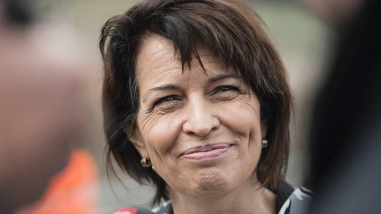 Bundesrätin Doris Leuthard eilt von Abstimmungssieg zu Abstimmungssieg und hat auch nach dem heutigen Volksverdikt viel zu lachen. (Archivbild)