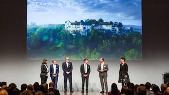 Jürg Schmid (Direktor von Schweiz Tourismus 3.v.l.) am Tourismusgipfel in Baden: «Der Aargau ist ein touristisch unterschätzter Kanton»