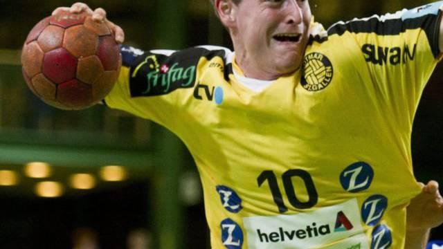 Der St. Galelr Raphael Liniger erzielte gegen die Kadetten vier Treffer.