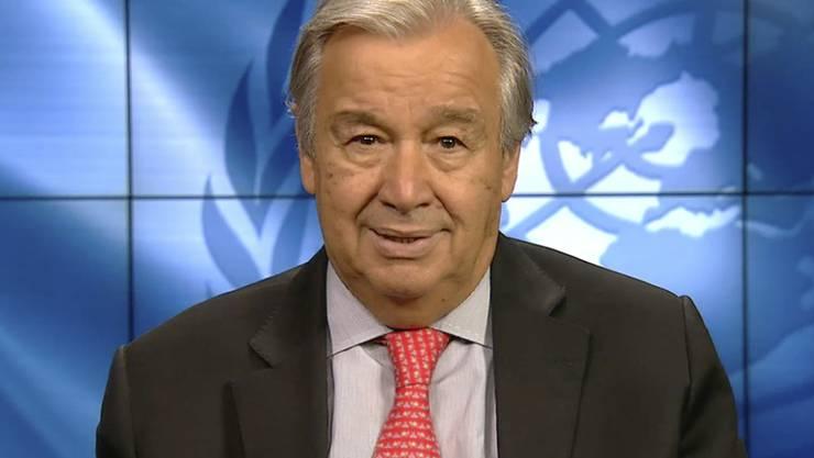 SCREENSHOT - UN-Generalsekretär António Guterres. Foto: -/Ministry of Environment Government of Japan/AP/dpa - ACHTUNG: Nur zur redaktionellen Verwendung im Zusammenhang mit der aktuellen Berichterstattung und nur mit vollständiger Nennung des vorstehenden Credits