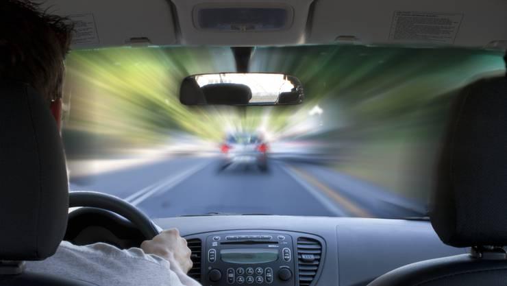 Mit über 150 km/h floh 2004 ein 23-Jähriger im Freiamt vor der Polizei. (Symbolbild)