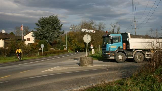 Der Stein des Anstosses: Die Wegfahrt auf die Birrfeldstrasse.