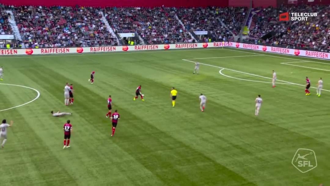 Barrage-Hinspiel, 2018/19, Neuenburg Xamax – FC Aarau, 63. Minute: Schuss von Geoffrey Serey Die