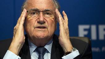 Blatter setzt sich durch - neue Ethikkommission gegründet.