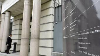 Das Genfer Strafgericht hat die beiden Haupttäter des blutigen Angriffs in Genf 2017 zu 15 beziehungsweise 12 Jahren Gefängnis verurteilt. (Symbolbild)