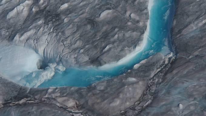 Eisschicht auf Grönland schmilzt schneller als je zuvor