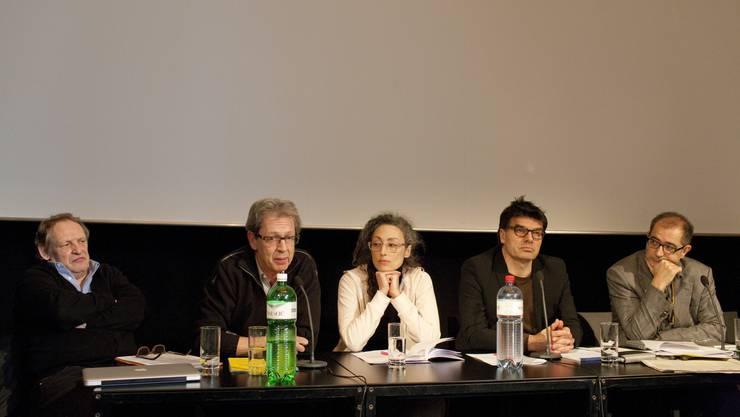 Robert Boner (GARP), Rolf Schmid (SFP), Stina Werenfels (ARF/FDS), Kaspars Kasics (ARF/FDS) und Samir (SFP,v.l.).