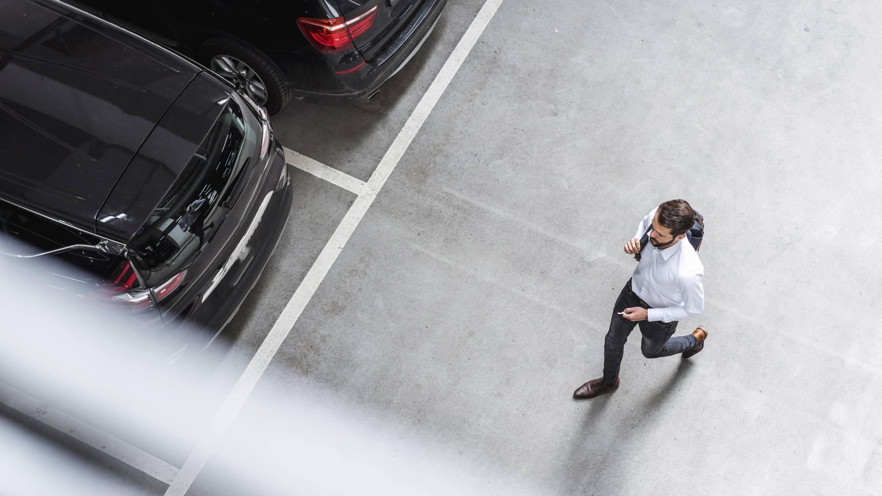 Auto parkieren