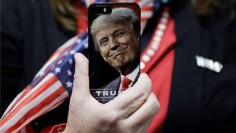 Indem er twittert, gelang es Präsident Trump, den Journalismus und die Massenmedien zu umgehen.AP/Keystone